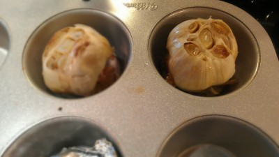 I mentioned this tip during my SRC garlicky post: place garlic in muffin tins and cover with foil to roast. Much less mess!!!