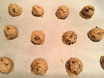 Don't smooch these down.   Bake them in the scooped form.