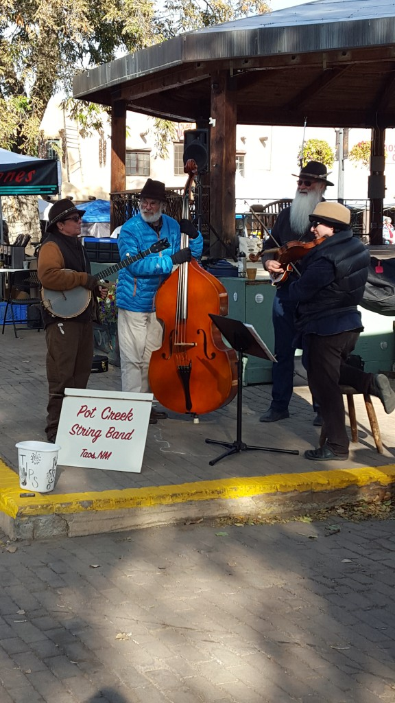 Music to shop by at Taos Famers Market.